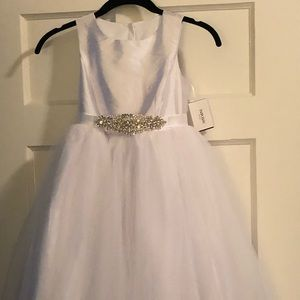 Girls size 10 white formal w tulle skirting NWT